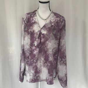 TAHARI long sleeve V-neck blouse XL